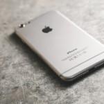 突然iPhoneからピーピー警告音が鳴る時の対処法!携帯電話のトラブル